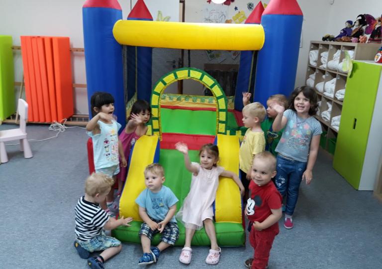 Den dětí s klaunem Bublinkou